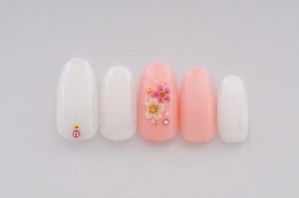 桜のシンプルネイル